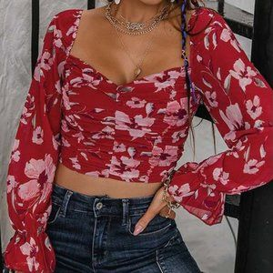 GIRL IN RED FLORAL PRINT CROP TOP